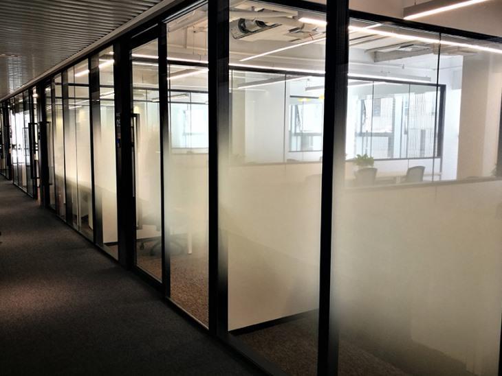 浅述新房是否需要进行窗贴膜呢
